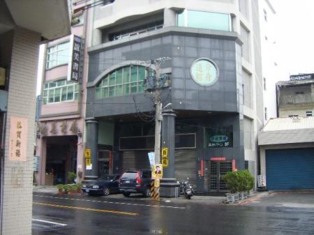 {租}新生路3樓電梯辦公室