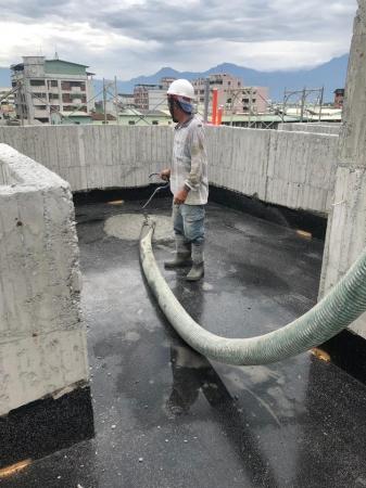 香榭麗墅四戶住宅新建工程-防水層灌漿保護