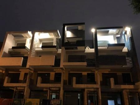 香榭麗墅四戶住宅新建工程-夜間外觀