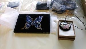 花若盛開蝴蝶自來漆藝文創產品於紙教堂展出