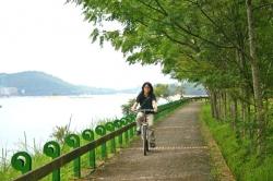 月牙灣自行車道